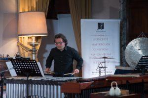 Originale concerto Lunedì 15 Aprile a Sincronia